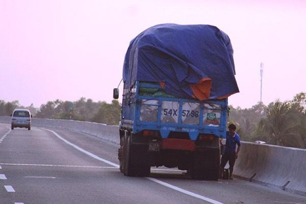 Vá vỏ lưu động cao tốc Trung Lương