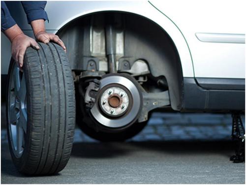 Thay lốp xe ô tô ở đâu?