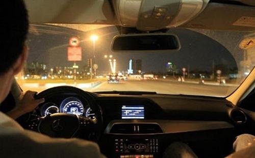 Địa chỉ vá lốp ô tô ban đêm tại tphcm
