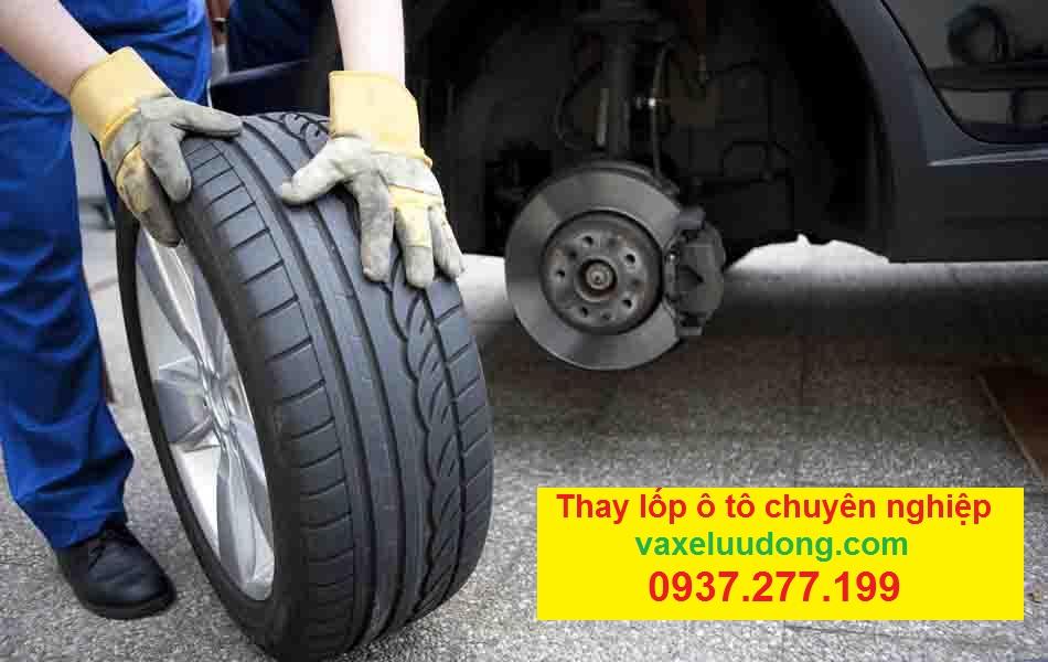 thay lốp xe ô tô